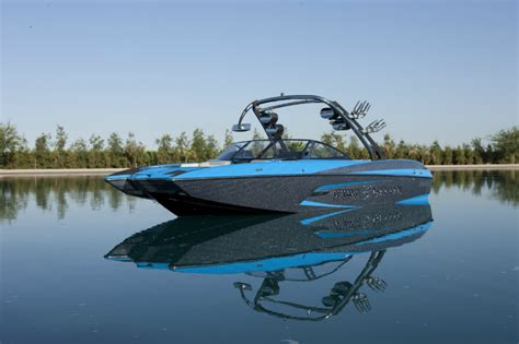 wakeboard boats malibu malibu boats releases wakesetter 24 mxz