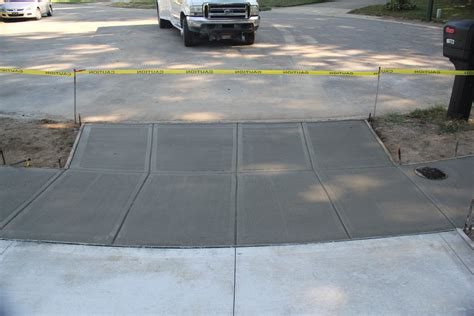 Mattingly Concrete by Standard Brush Finish Mattingly Concrete Inc