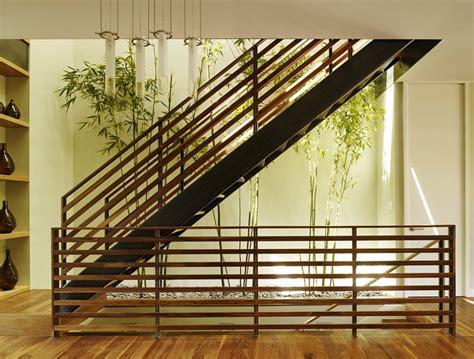 Garden Banister by Indoor Garden Ideas