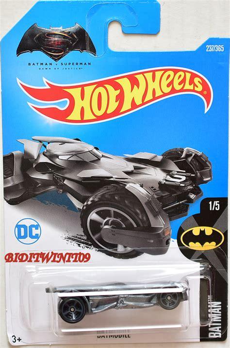 Wheels The Bat Batman Series 2017 Navy Blue wheels 2017 batman batmobile 1 5 0000662 1 85 biditwinit09 classic colections