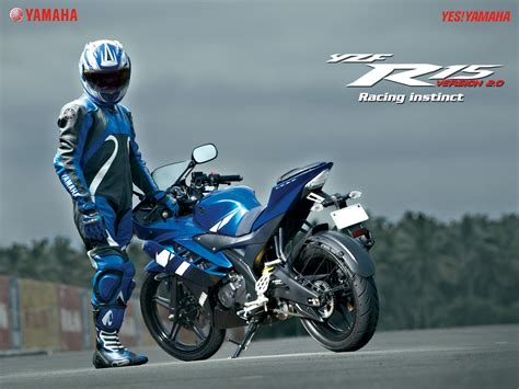 honda cbr latest version comparison of yamaha r15 version 2 0 vs 2012 honda cbr