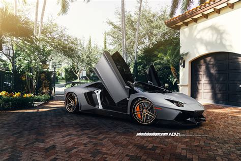 Lamborghini Aventador Tire Size Lamborghini Aventador Custom Wheels 21x9 5 Et Tire Size