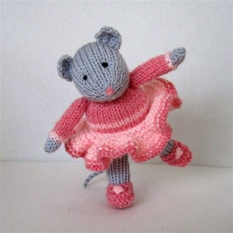 knitting pattern christmas mouse 1178 best images about knitted toys on pinterest free