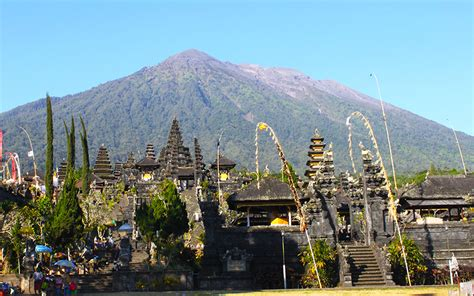 emirates mount agung indonesia bali mount agung s imminent eruption leads to