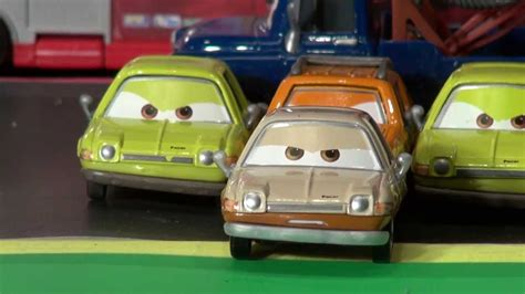 Sprei Cars2 disney pixar cars2 featuring tubbs pacer grem acer