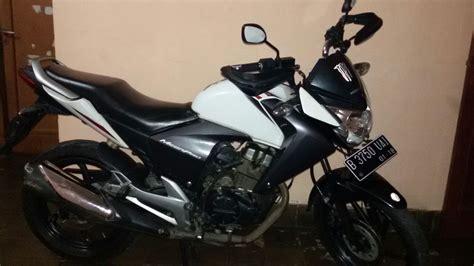 Jual Motor Mega Pro jual new mega pro putih tahun 2012 jual motor honda