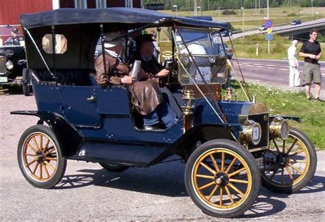 Size 2 Car Garage file 1911 ford model t touring cly148 2 jpg wikimedia