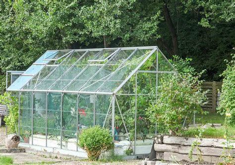 build your own greenhouse for great homegrown foods