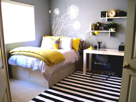 Yellow And Gray Decorating Ideas by Yellow And Gray Bedroom Decorating Ideas Decor Decorating With Yellow And Gray Home Design