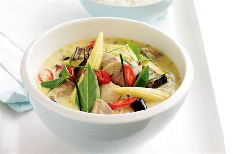 thai kitchen green curry chicken thai green chicken curry recipe taste au