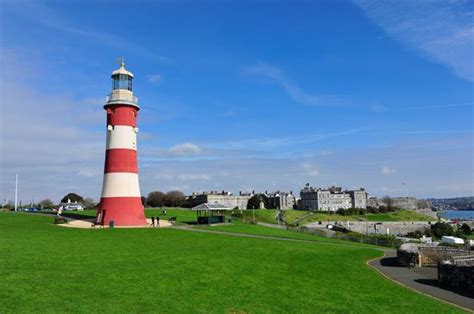 the hoe plymouth plymouth hoe plymouth monuments and historic buildings