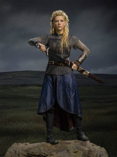 vikings hairstyles customes best 25 lagertha costume ideas on pinterest lagertha