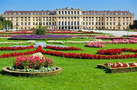 schã nbrunn visiting vienna s schonbrunn palace highlights tips