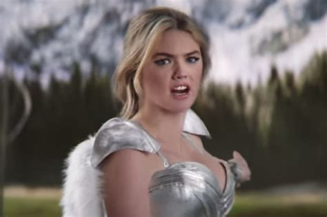 actress game of war commercial kate upton flaunts her assets in game of war fire age