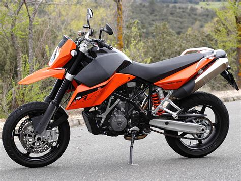 Ktm 990s 2008 Ktm 990 Supermoto Pics Specs And Information