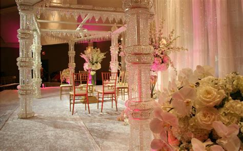 Guide to Decorate a Wedding with Indian Wedding
