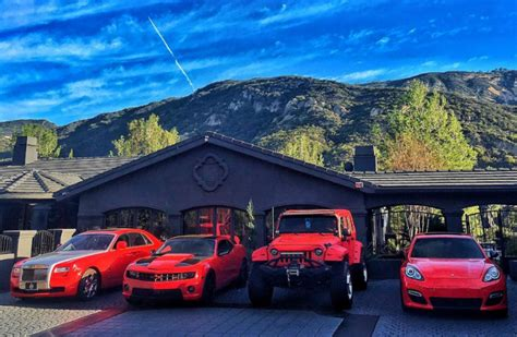 are jeep wranglers cars 5 who surprisingly own jeep wranglers the