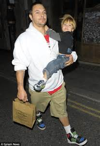 Kevin Federline I Could Never Take Back by Indulges In Retail Therapy But She Could