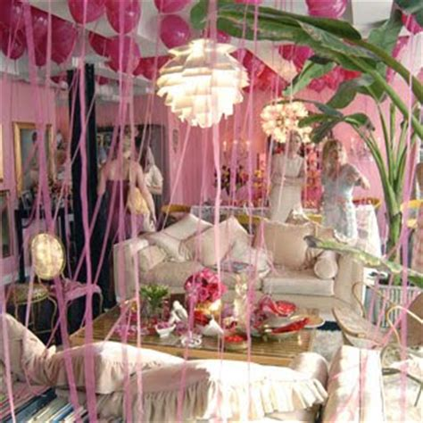 betsey johnson home decor royal t designs ooh la la betsey johnson s apartment