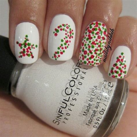 easy nail art for xmas 70 festive christmas nail art ideas for creative juice