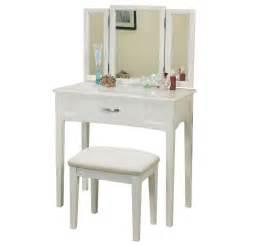 Vanity Set White Whi Carolina Vanity Set White Disc 553 866wt Modern