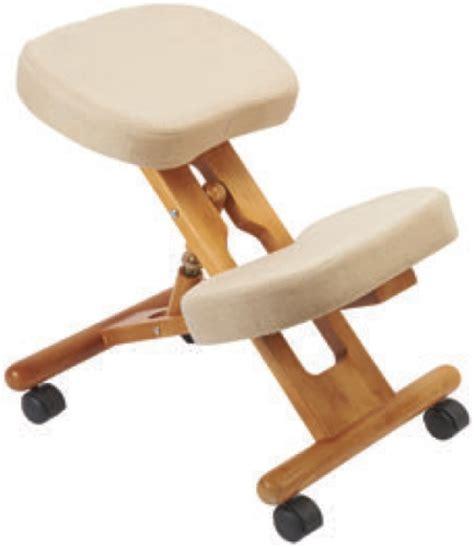 sgabello ergonomico sgabello ergonomico in legno regolabile in altezza con