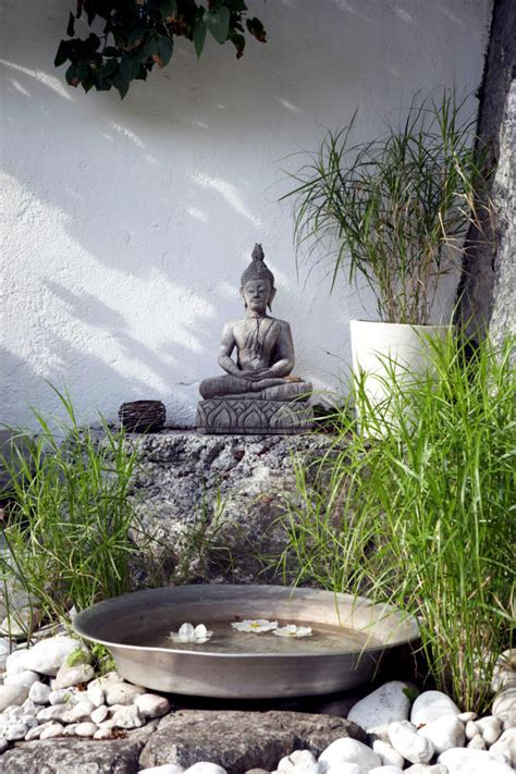 buddha statue   garden  natural stone interior