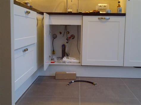 boiler in keuken aansluiten keuken gas water en boiler werkspot