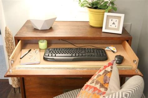Diy Desk Drawers Turn Your Dresser Into A Desk With This Clever Diy Work Desk Micke Desk And Electronics