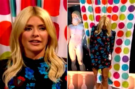 celebrity juice new series september 2018 holly willoughby exposes bum cheeks in itv celebrity juice