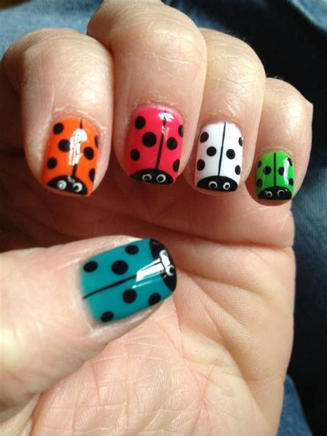 easy nail art ladybug lady bug nails nail art pinterest