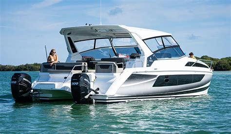 island hopping phuket luxury catamaran speedboat - Speedboot Catamaran