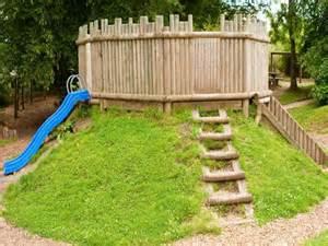 ideas popular backyard forts unique backyard forts