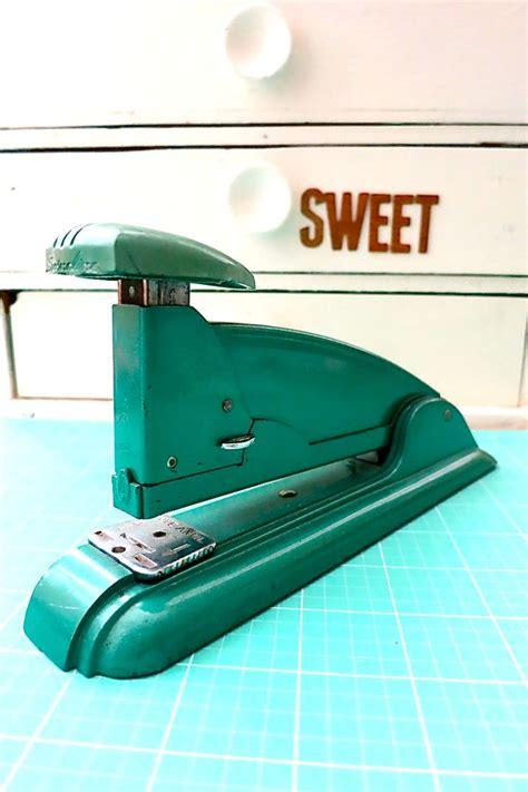 swing stapler 25 best ideas about swingline stapler on pinterest