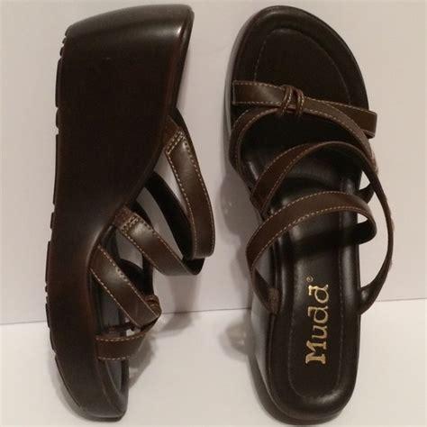 mudd platform sandals 34 mudd shoes new 59 mudd wedge platform sandals