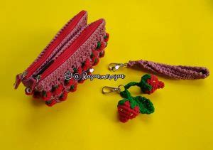 Tas Rajut Strawberry Mini rajutmerajut every crochet is made with