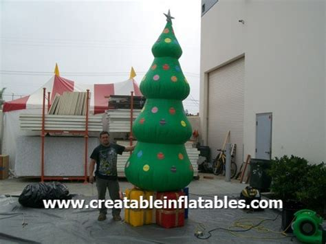 giant inflatable christmas tree 13 ft holiday inflatables