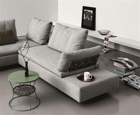 bracciolo divano tavolino bracciolo divano idee per il design della casa