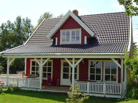 kleines schwedenhaus schwedenhaus niedrigstenergiehaus skandinavisches bauen