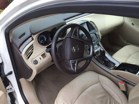 2013 Buick Lacrosse Interior by 2013 Buick Lacrosse Pictures Cargurus