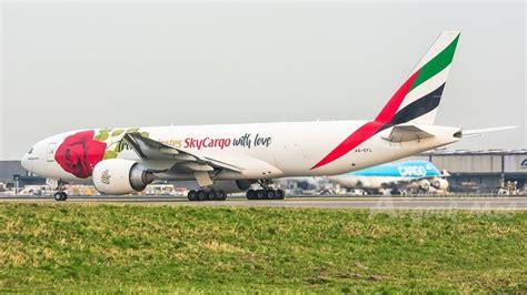 emirates cargo jakarta 220 best images about cargo airlines emirates skycargo on