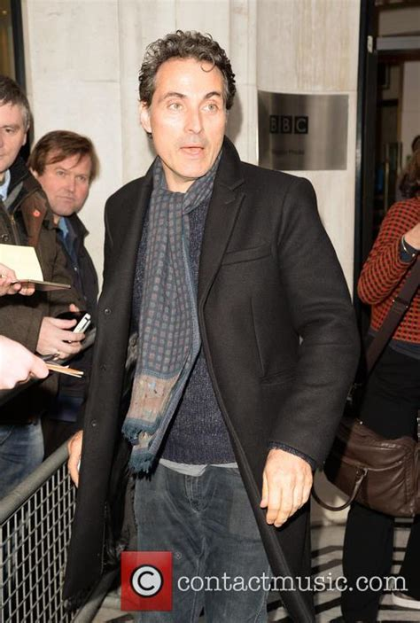 rufus sewell daughter rufus sewell news photos and videos contactmusic