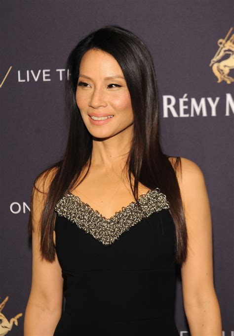 lucy liu straight hair the glossiest a list styles instyle uk lucy liu long straight cut lucy liu looks stylebistro