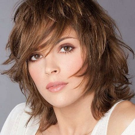 short feathered hairstyles for women short feathered hairstyles for women