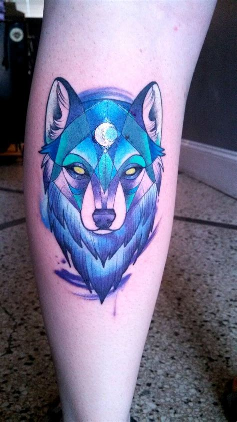 blue tattoo 25 best ideas about geometric wolf on