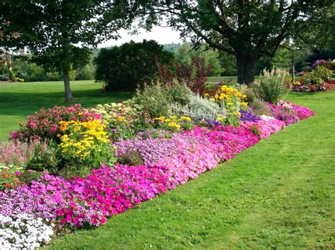 16 Flower Gardens That Will Warm Your Heart Most Beautiful Flower Gardens