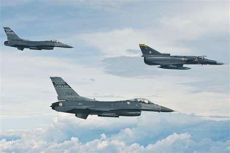 fuerza aerea de colombia file fuerza aerea colombiana kfir c 10 jpg wikimedia commons