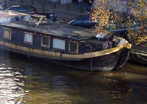 woonboot te koop prinsengracht amsterdam vereniging verzoekt stadsdeel illegaal verbouwde woonboot