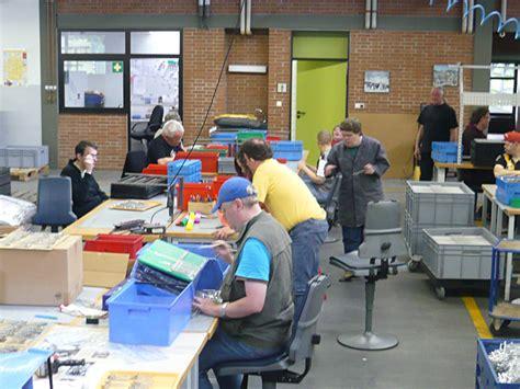 Werkstatt Behinderte by Werkst 228 Tten F 252 R Menschen Mit Behinderung Diakonisches