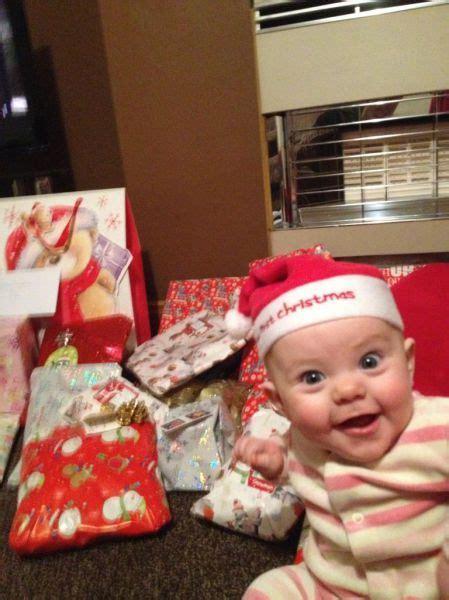 6 month christmas photos ho ho ho 56 pics izismile